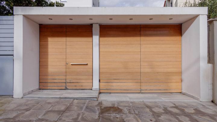 Pose d'une porte à garage : comment déterminer le prix