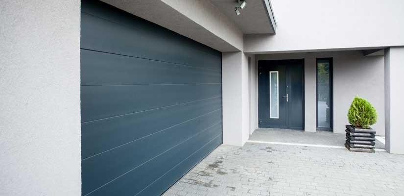 Pourquoi opter pour une porte de garage sur-mesure ?
